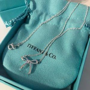 Tiffany & Co Small Bow Necklace